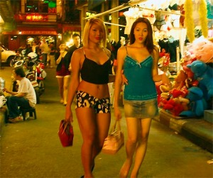 bangkok-nightlife-gay-girls-or-ladyboy